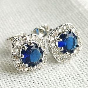 NWT Sapphire CZ cubic zirconia stud earrings